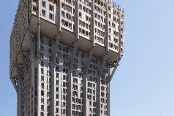 Torre_Velasca,_Milan